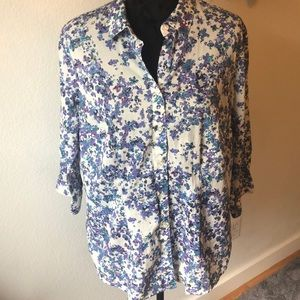 Cold water Creek NO IRON flower print blouse